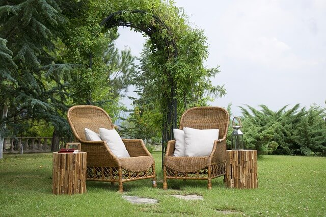Gute Pflege für die Gartenmöbel aus Bambus